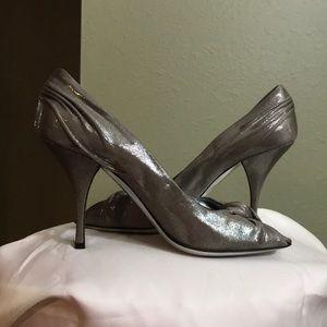 Prada shimmer metallic silver heels Sz. 10.5